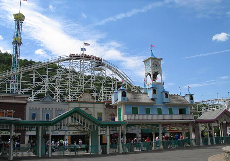 Things to Do in Hartford, CT - Lake Compounce